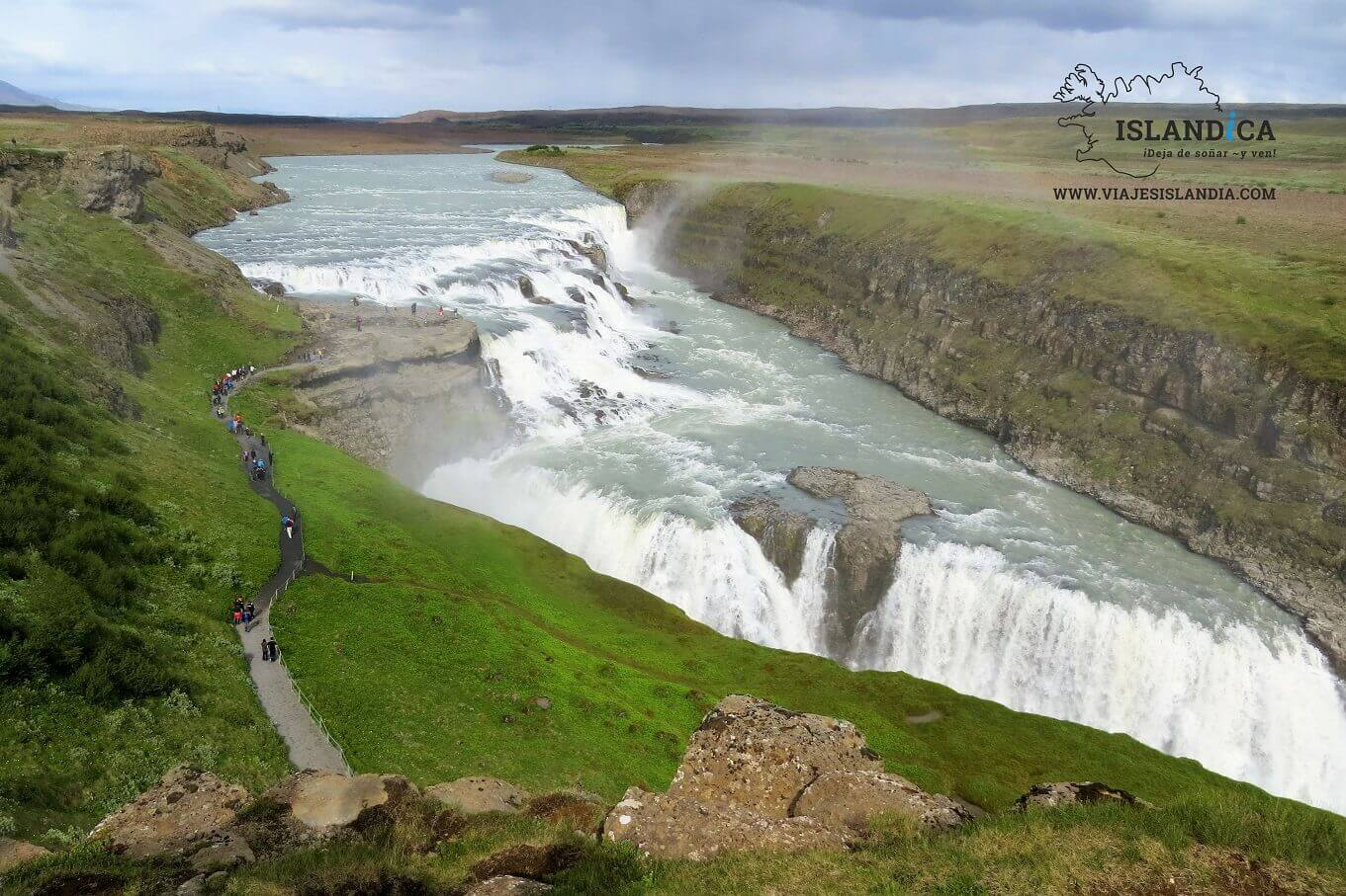 Go around the Golden Circle in Iceland with your motorhome rental.